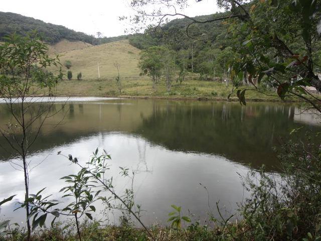 ibiúna - sítio rico em água cod: 1219