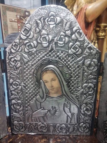 icono religioso antiguo de virgen troquelado y madera
