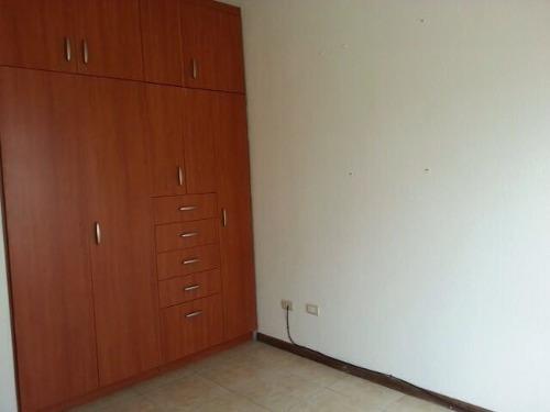 id:103732, hermosa casa contemporanea para renta, 1er nivel: cochera para 2 autos con porton electrico, sala comedor , cocina equipada, minisplit, 1/2baño , lavanderia techada. 2do nivel: 3 recamaras