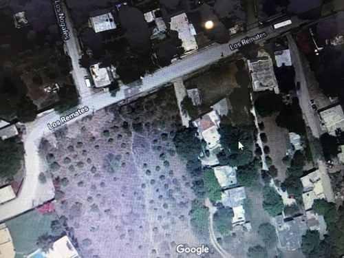 id:104300, terreno plano irreglar ubicado en los cristales a 300mts. de carretera nacional.    para mayores informes con betty salinas garza - tels: 81 8363 32 33 , 81 1039 3169  - email: bsalinas@vi