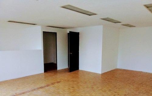 id:78006, oficinas en renta en inmejorable ubicación sobre paseo de la reforma, cuentan con vestíbulo de distribución, 2 elevadores, pasillo, 3 baños , escaleras y área de oficinas con divisiones for