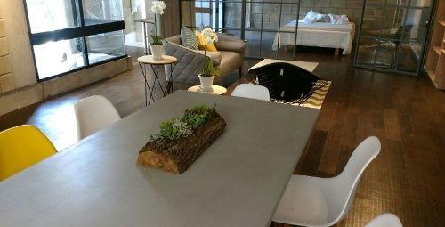 id:79344, ejemplo de una arquitectura que comienza a ser tendencia y de la mano de arquitectos que ha ejecutado a la perfección la idea del loft industrial: combinación de materiales crudos en concre