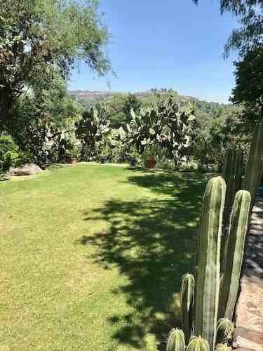 id:79714, increíble rancho a 15 minutos de la caseta méxico querétaro con casa estilo mexicano, hermosos jardines, alberca, 4 hectáreas para siembra, corrales y granero. todo está impecable, 5 recám