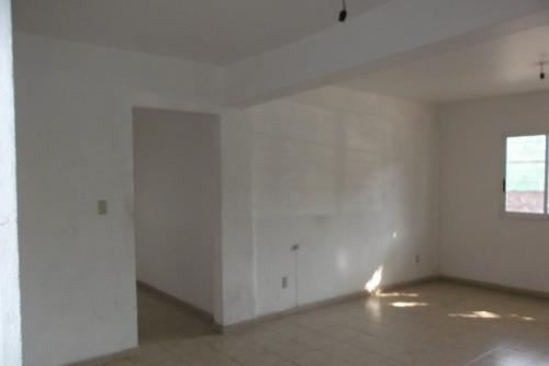 id:9061, se renta despacho en la colonia agrícola pantitlan, en  calle 10 #4, interior pb. mide 56 m2 y cuenta con baño.ubicado entre las calles de: priv. calle 4 y calz. ignacio zaragoza. estacione