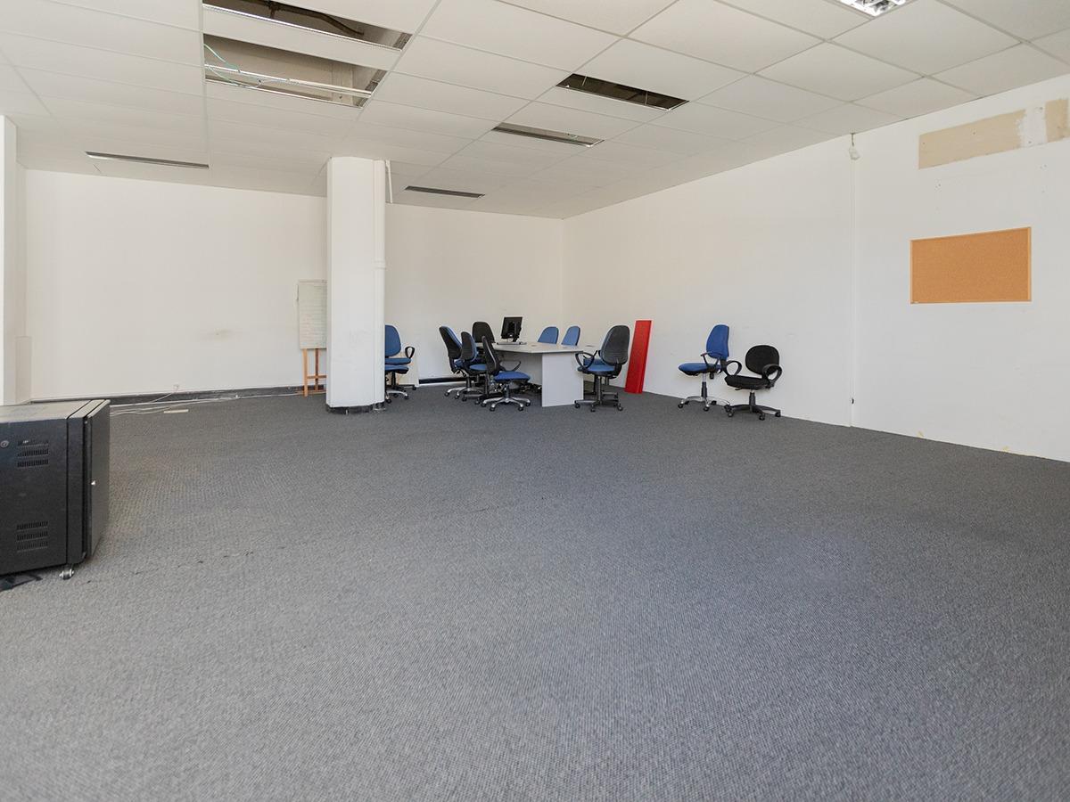 ideal empresa. oficinas en venta en centro ref. 6563