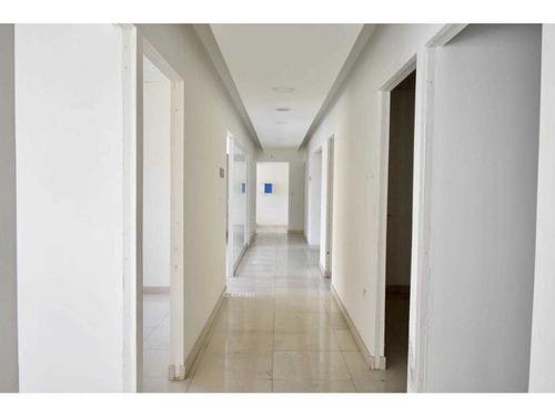 ideal para centros de salud - apoquindo / estación escuela militar