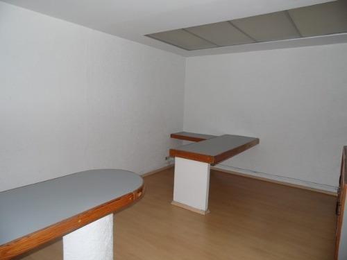 ideal para oficinas! casa en zona dorada con dos bungalows