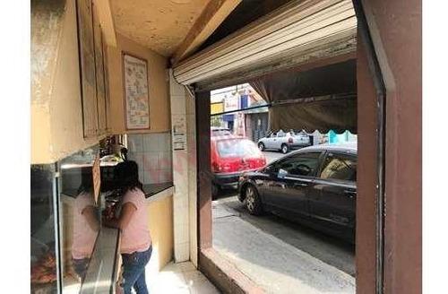 ideal para tu negocio - local comercial con dos frentes en plena esquina con excelente ubicación