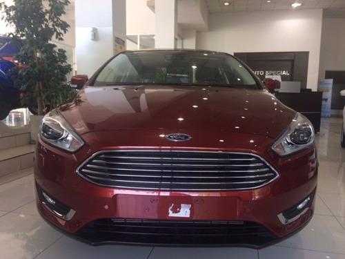 iii sedan ford focus
