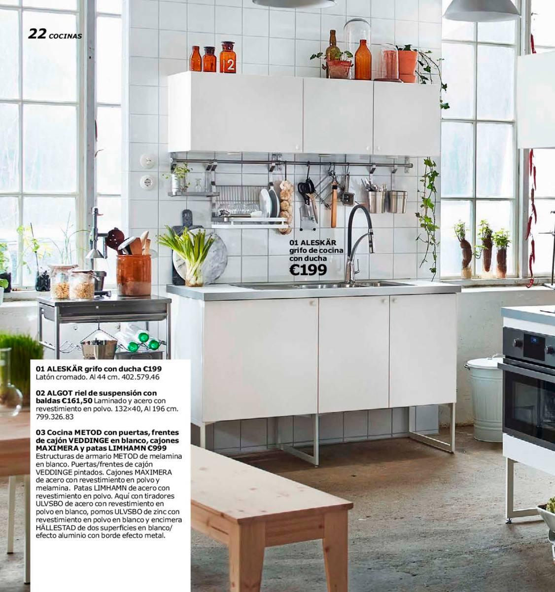 barral para cocina sueco grundtal de ikea de cm por el diseador mikael warnhammar los nicos del mercado acero inoxidable tanto el
