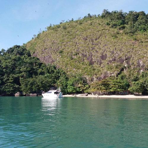 ilha em paraty