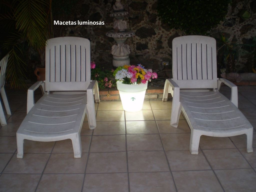 Iluminacion led macetas para exteriores daa en for Iluminacion para exteriores