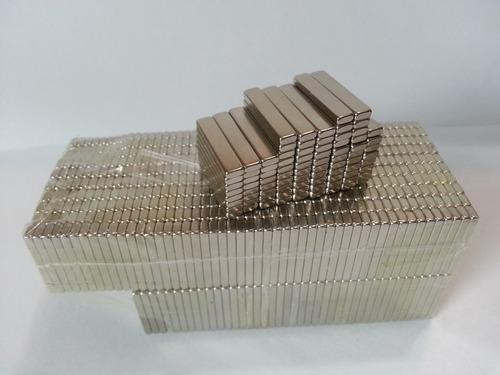 imã de neodímio / super forte / 20mm x 4mm x 2mm - 15 peças