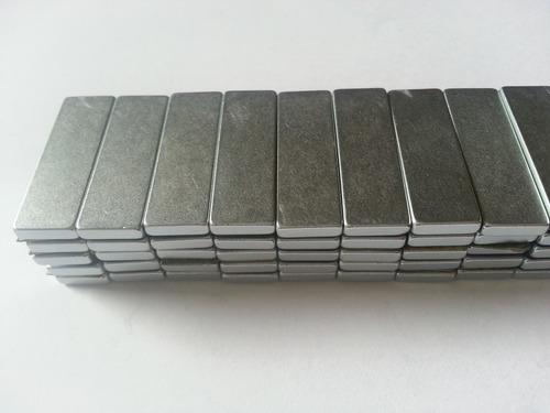 imã de neodímio / super forte / 30mm x 10mm x 3mm * 10 peças