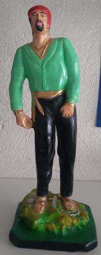 imagem cigano sem nome escultura em gesso estatua com 42cm