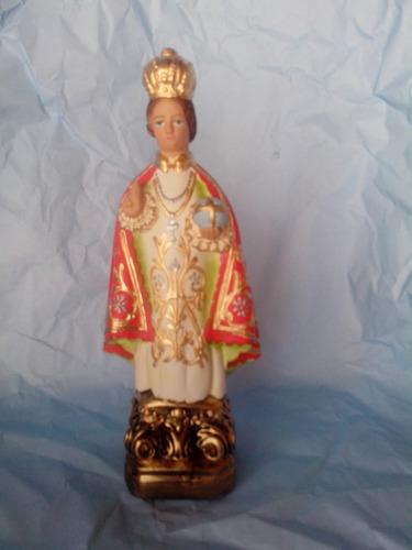 imagem do menino jesus de praga protetor das crianças 30cm.