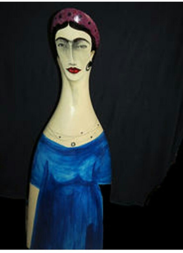 imagen de frida kahlo  en barro.