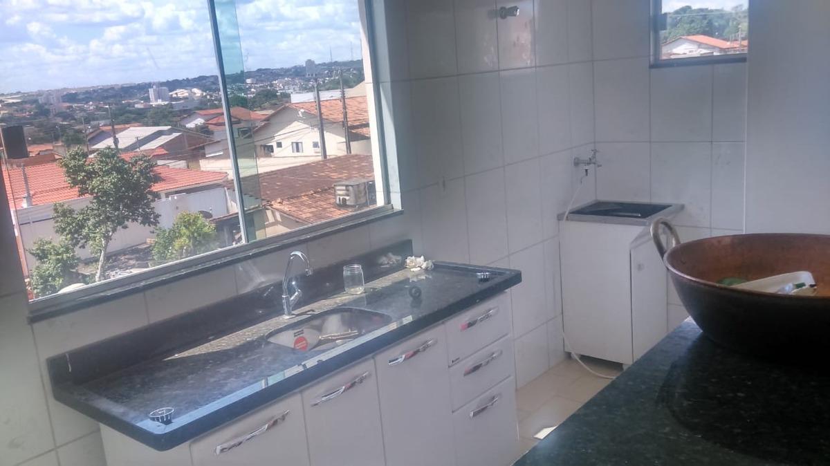 imóvel com 03 apartamentos em catalão-go oportunidade!.