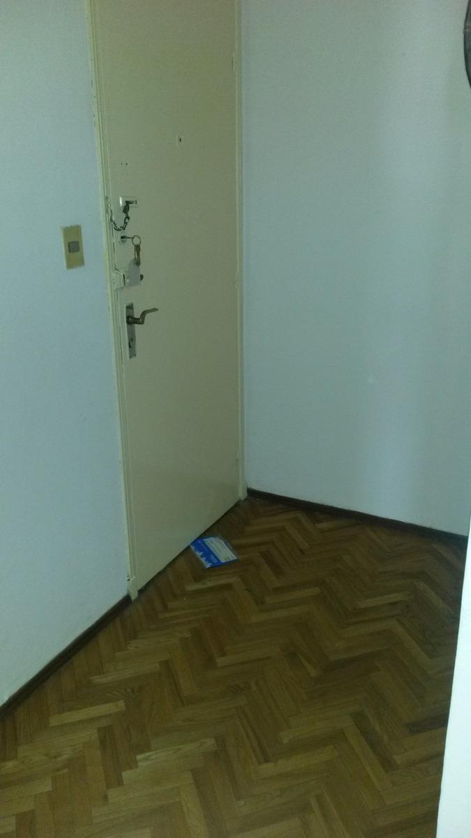 impecable apartamento sobre mercedes