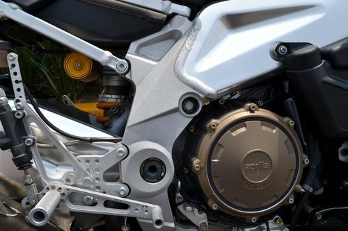 impecable aprilia af1 racing tuono 1000cc para exigentes