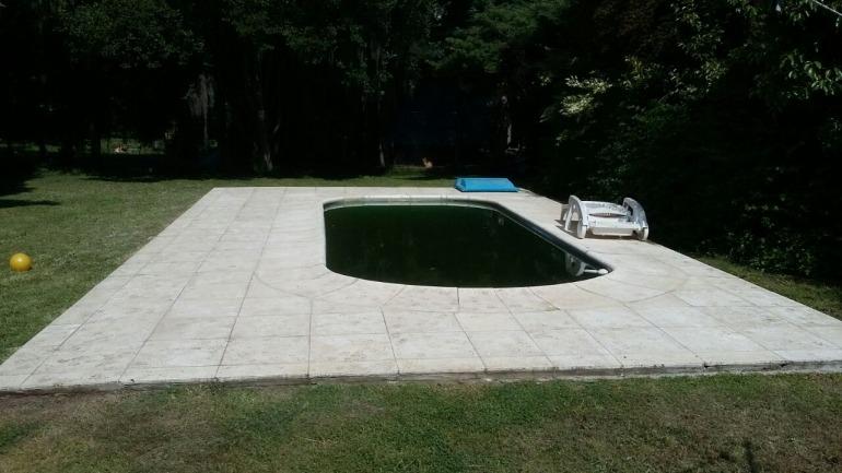 impecable casa con piscina en barrio san ignacio