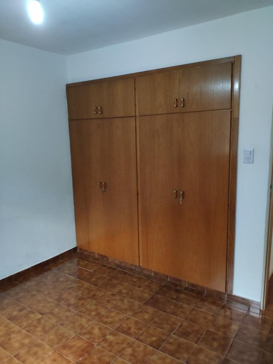 impecable casa de 2 dormitorios en matienzo
