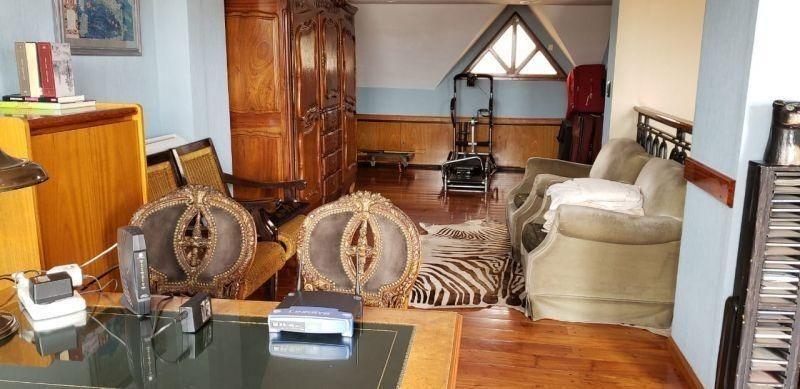 impecable casa en 3 plantas