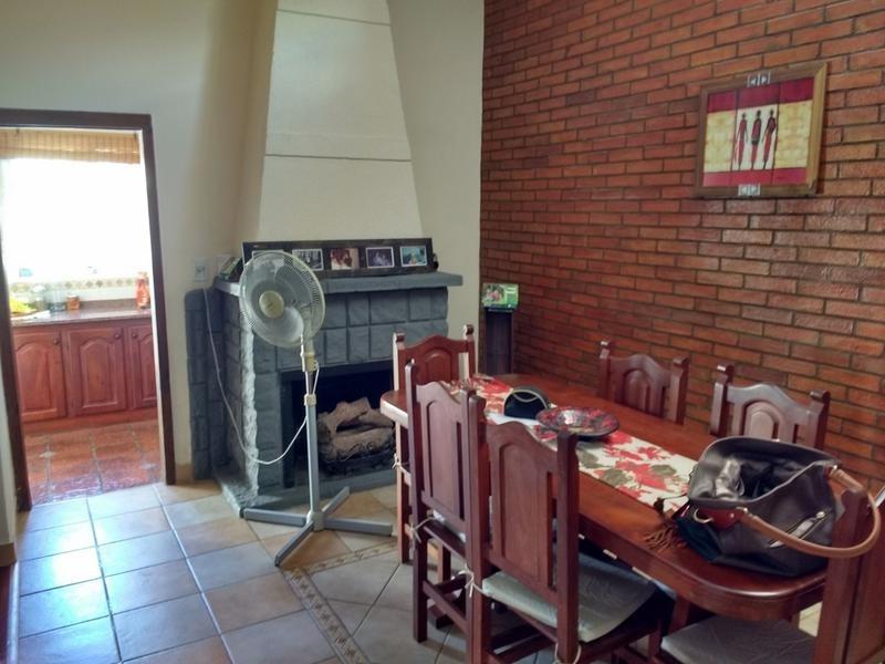 impecable casa en venta 3 dormitorios, pileta y quincho en campana