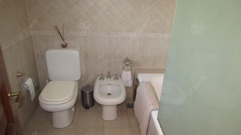 impecable casa en venta ,5 ambientes en quilmes!!