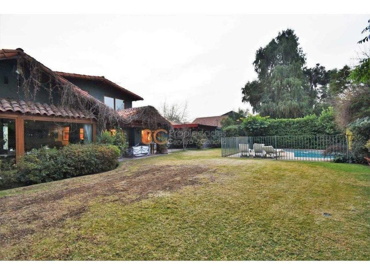 impecable casa frente a colegio newland / manuel guzman maturana / el tranque