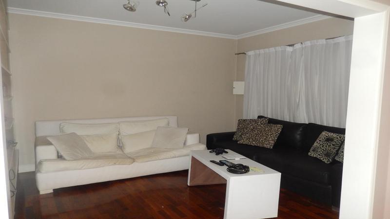 impecable cuatro ambientes en dos plantas. residencial exclusivo.
