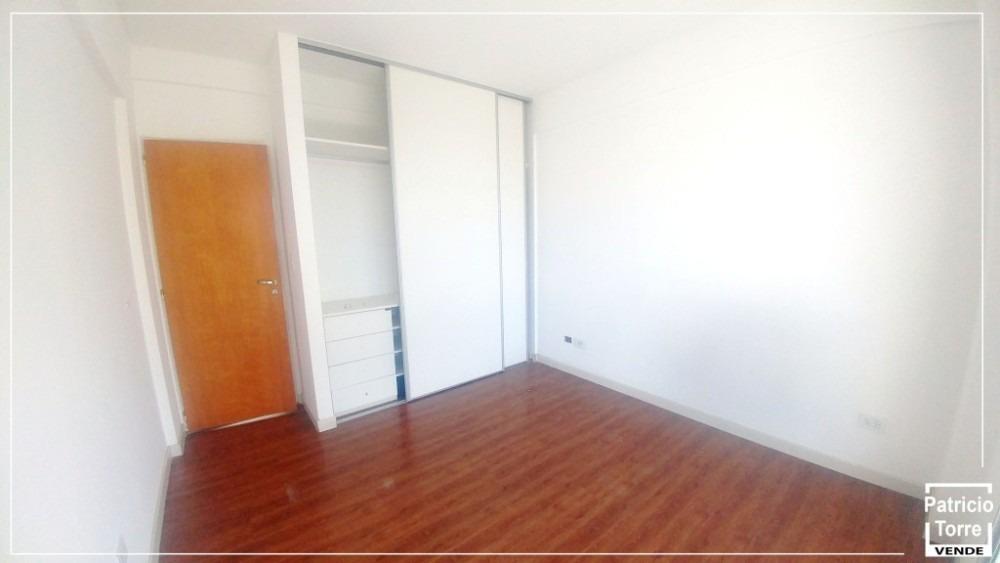 impecable depto 3 ambientes 5º piso fte con cochera cubierta
