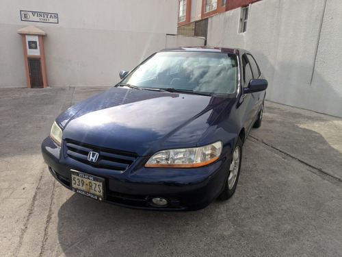 impecable honda accord sedán 2002