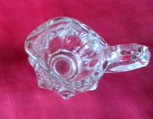 impecable lechera jarra jarrita  vidrio  altura 8 cm.(334b)