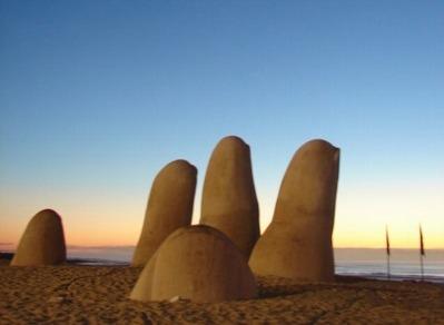 impecable monoambiente parada 6 playa brava frente al mar