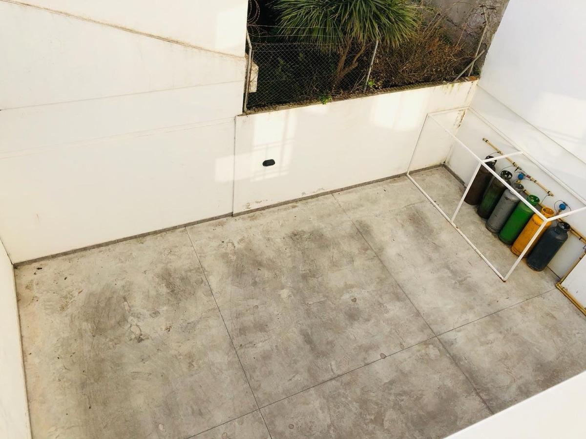 impecable piso de 4 ambientes a estrenar primera linea al mar en barrio parque luro!