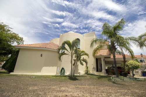 impecable y hermosa casa en residencial club real mazatlan