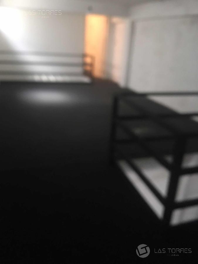 imperdible, a pasos de 18, cortinas metálicas, 2 niveles