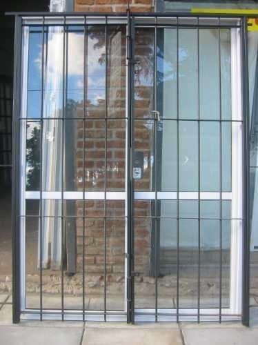 Imperdible oferta puerta ventana en aluminio con reja Puerta balcon aluminio medidas