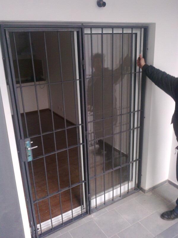 Imperdible oportunidad en rejas para puertas y ventanas for Puertas de reja