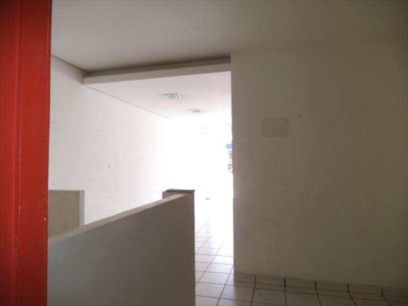 imperdível casa térrea com um mega terraço incluso churrasqueira,  para o lazer de toda família. - a4662
