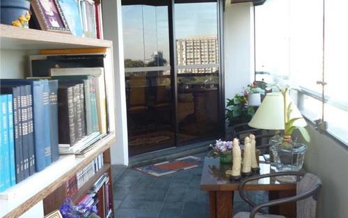 imperdivel !!!!!lindo apartamento com varanda,lareira em rua fechada no morumbi.