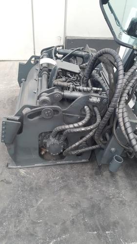 implemento fresadora de asfalto marca bobcat 40  bits novos!