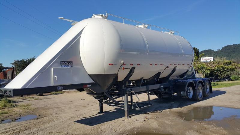 implementos rodoviarios carretas  silo cebolão randon