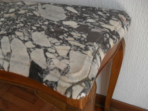 imponente mesa de nogal y marmol