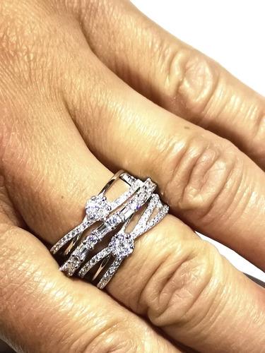 importante anillo de compromiso plata y topacios