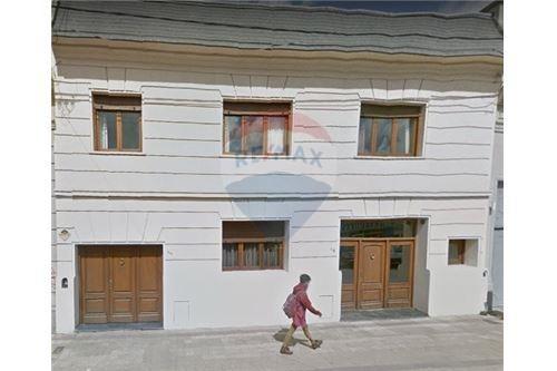 importante casa a la venta en el centro de tandil!