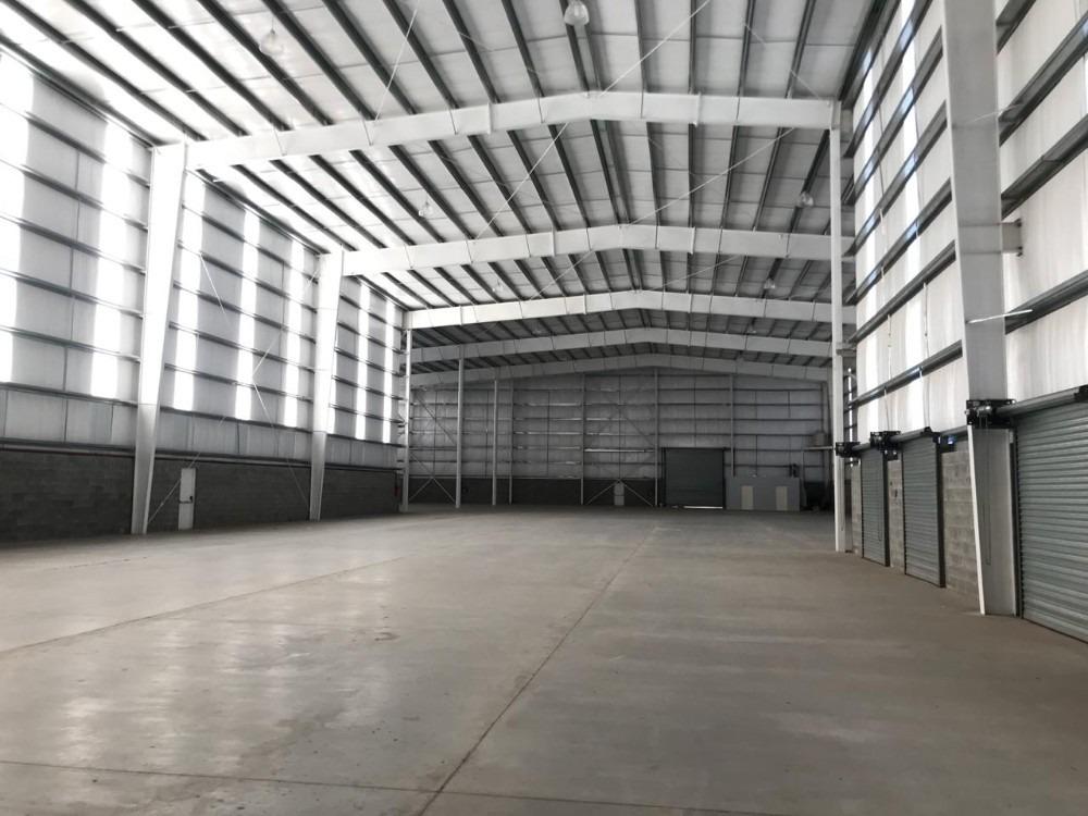 importante deposito a estrenar de 2.700 m2