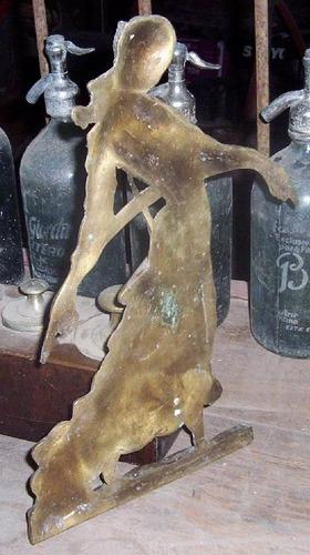 importante figura de mujer,bronce.