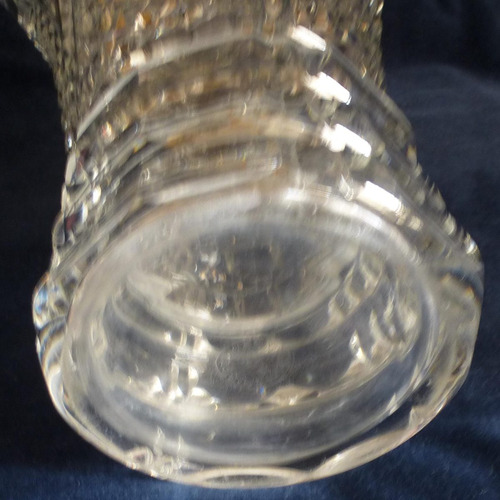 importante florero en cristal frances firmado saint louis.